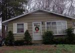 Foreclosed Home en HILLCREST AVE, Meriden, CT - 06451
