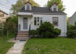 Foreclosed Home en FOSTER AVE, Valley Stream, NY - 11580