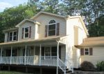 Foreclosed Home en CRESTWOOD DR, Mount Pocono, PA - 18344