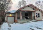 Foreclosed Home en KENSINGTON AVE, Kansas City, MO - 64130