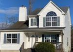 Foreclosed Home en SEYMOUR DR, Shirley, NY - 11967