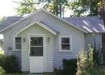 Foreclosed Home en N COOLIDGE DR, Six Lakes, MI - 48886