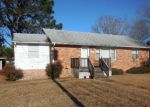 Foreclosed Home en SOUTHLAWN AVE, Petersburg, VA - 23803