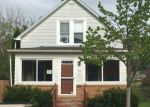 Foreclosed Home en QUINCY AVE, Racine, WI - 53405
