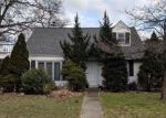 Foreclosed Home en DERBY ST, Valley Stream, NY - 11581