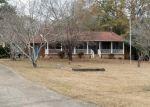 Foreclosed Home en EDWARDS DR, Macon, GA - 31216