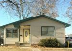 Foreclosed Home in S 6TH ST, Clinton, IA - 52732