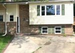 Foreclosed Home en MIDDLEGATE CT, Pasadena, MD - 21122