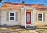 Foreclosed Home en N 7TH ST, Clinton, MO - 64735