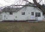 Foreclosed Home en BULLARD DR, Owosso, MI - 48867