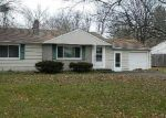 Foreclosed Home en DEER RUN RD, Wallingford, CT - 06492
