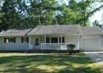 Foreclosed Home en CLARISSA LN, Houghton Lake, MI - 48629
