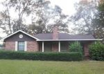 Foreclosed Home in PINCKNEY AVE, Leesville, LA - 71446
