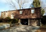 Foreclosed Home in BERKSHIRE DR, Belleville, IL - 62223