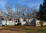 Foreclosed Home en RIVERSIDE DR, Hamden, CT - 06518