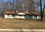 Foreclosed Home en GRAM ST, Burton, MI - 48529