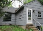 Foreclosed Home en CARVER BEACH RD, Chanhassen, MN - 55317