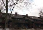 Foreclosed Home en E JOLLY RD, Lansing, MI - 48910