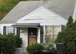 Foreclosed Home en GREENLAWN ST, Detroit, MI - 48221