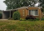 Foreclosed Home en SUNNYSIDE ST, Saint Clair Shores, MI - 48080
