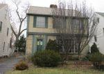 Foreclosed Home en GRIDLEY RD, Beachwood, OH - 44122