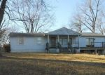 Foreclosed Home en S TRAIL RIDGE DR, Independence, MO - 64050