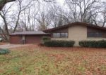Foreclosed Home en CHEROKEE TRL, Benton Harbor, MI - 49022