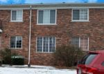 Foreclosed Home en VAN DYKE AVE, Sterling Heights, MI - 48313