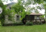 Foreclosed Home en KLAM RD, Lapeer, MI - 48446