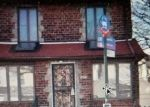 Foreclosed Home en 212TH PL, Queens Village, NY - 11428