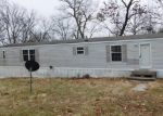 Foreclosed Home en RUBY DR, Troy, MO - 63379