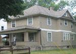 Foreclosed Home en CHITTOCK AVE, Jackson, MI - 49203