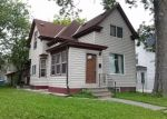 Foreclosed Home en DUPONT AVE N, Minneapolis, MN - 55411