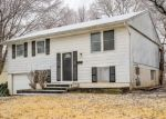 Foreclosed Home en WALLACE AVE, Kansas City, MO - 64134