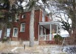 Foreclosed Home en CARRICK AVE, Pittsburgh, PA - 15210