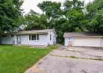 Foreclosed Home en OXBOROUGH LN, Minneapolis, MN - 55437