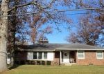 Foreclosed Home in N CIRCLE DR, Wapakoneta, OH - 45895