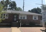Foreclosed Home en COCHRAN PL, Valley Stream, NY - 11581