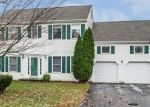 Foreclosed Home en PROMONTORY DR, Wallingford, CT - 06492