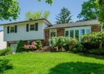 Foreclosed Home in HOLIDAY PARK DR, Wantagh, NY - 11793