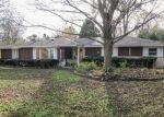 Foreclosed Home en S OVERLOOK DR, New Berlin, WI - 53146