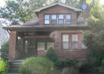 Foreclosed Home en DOUGLAS DR, Bay Village, OH - 44140