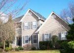 Foreclosed Home en MOHAWK LN, Easton, PA - 18040