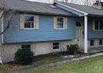 Foreclosed Home en ORCHARD DR, Duncansville, PA - 16635