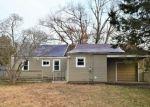 Foreclosed Home en EVANS AVE, East Hartford, CT - 06118