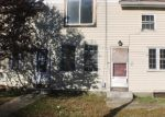 Foreclosed Home en MAIN ST, Baltic, CT - 06330