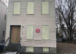 Foreclosed Home en 3RD ST, Albany, NY - 12206