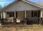 Foreclosed Home in EVERGREEN RD, Flat Lick, KY - 40935