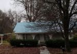 Foreclosed Home in LEATHERWOOD RD, Oneida, TN - 37841