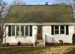 Foreclosed Home en FLORENCE LN, Plainville, CT - 06062